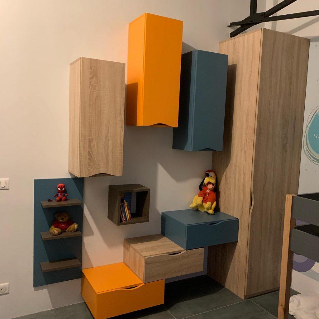 Agencement dans une chambre d'enfant